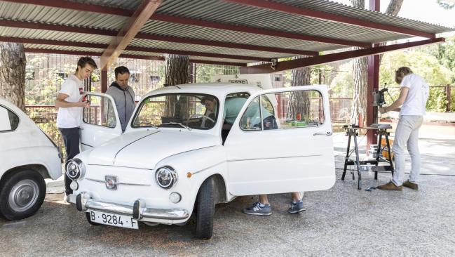 Un Seat 600 transformado en un coche eléctrico por estudiantes