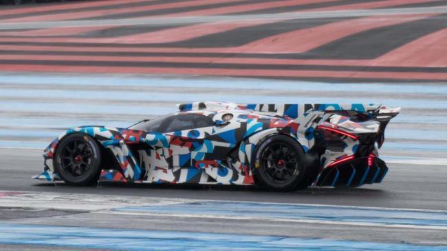 El nuevo hiperdeportivo de Bugatti ya rueda en el circuito de Paul Ricard