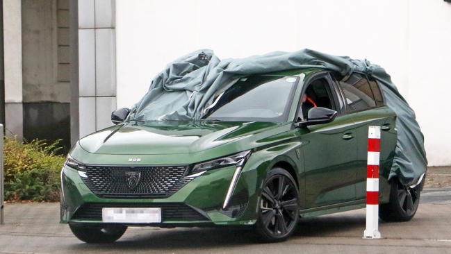 Fotos del Peugeot 308 2021 sin camuflaje
