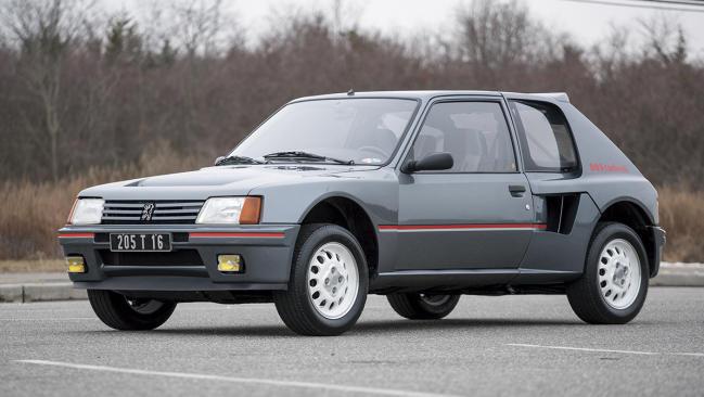 Peugeot 205 T16: el coche de calle más extremo de Peugeot Sport