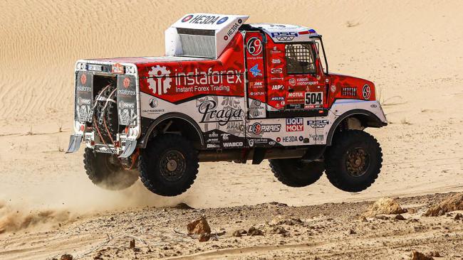 Al-Attiyah suma su victoria número 40 en el Dakar