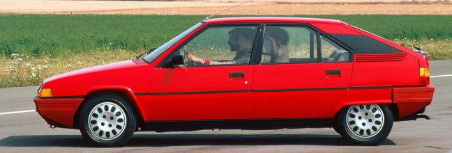 Citroën BX: la historia detrás de una innovadora berlina que descendió de la Torre Eiffel