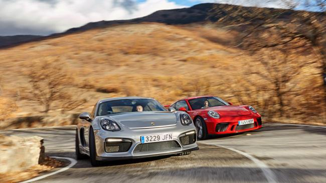 Porsche 911 GT3 vs. Porsche Cayman GT4