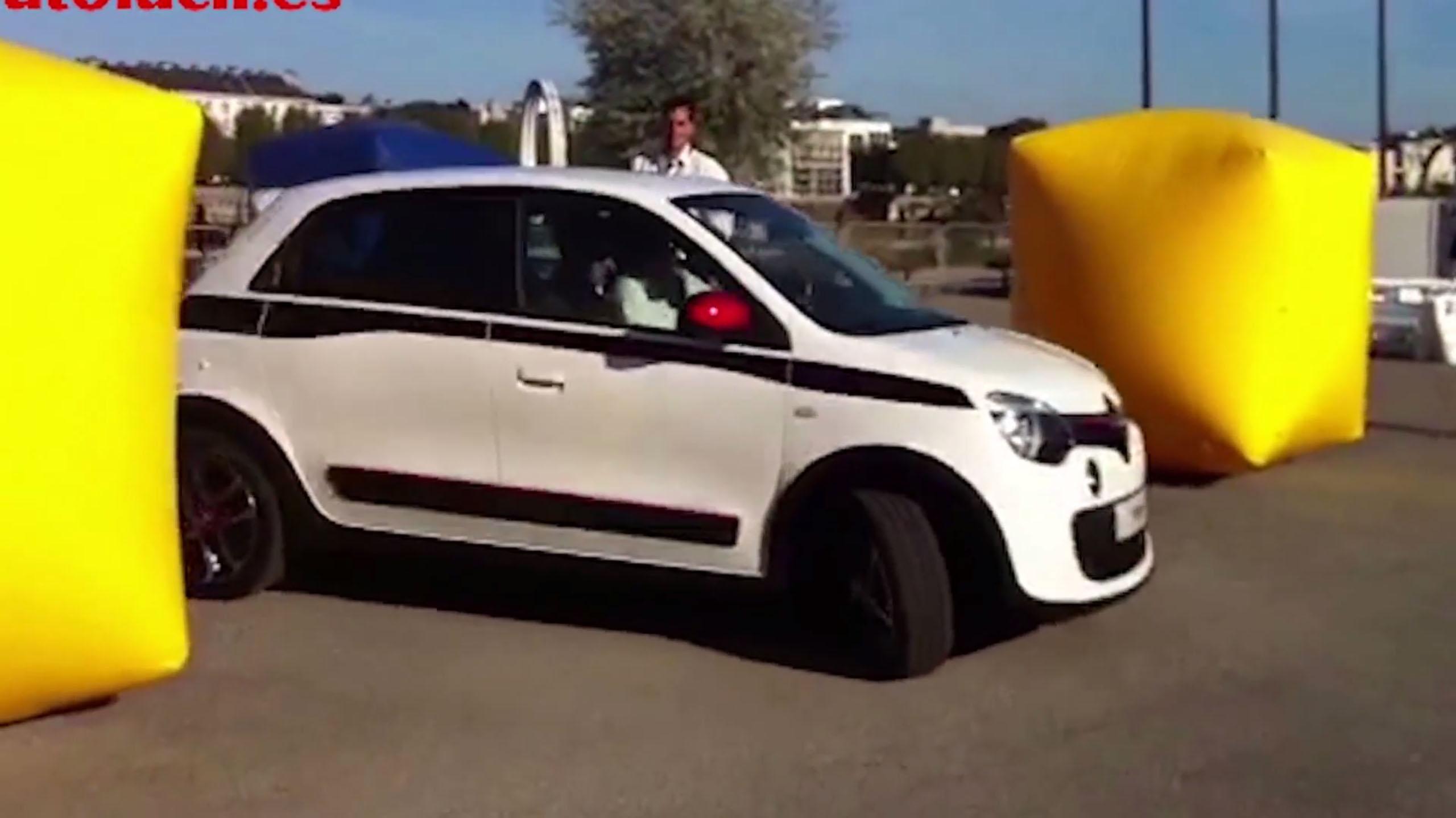 Renault Twingo: ¿Por qué gira tanto?