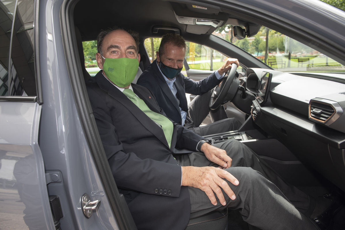 seat iberdrola and vged join forces to boost electric mobility in spain01hq