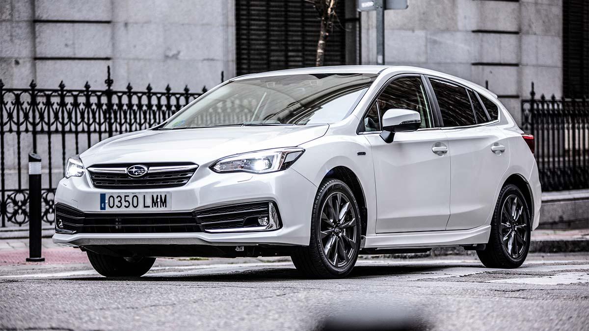 El nuevo Subaru Impreza híbrido, ya disponible en España, a partir de 31.250 euros