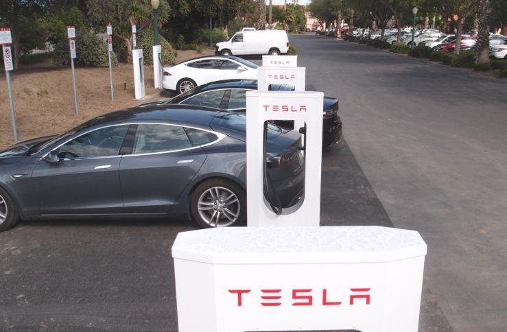 tesla supercharger stations at harris ranch california in april 2013 photo teslatap com100494759l