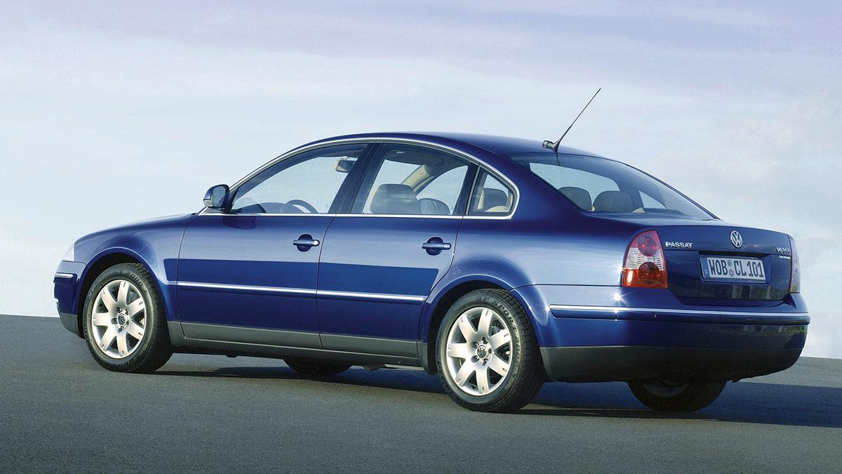 ¿Qué neumáticos le pongo a mi Volkswagen Passat para ahorrar combustible?