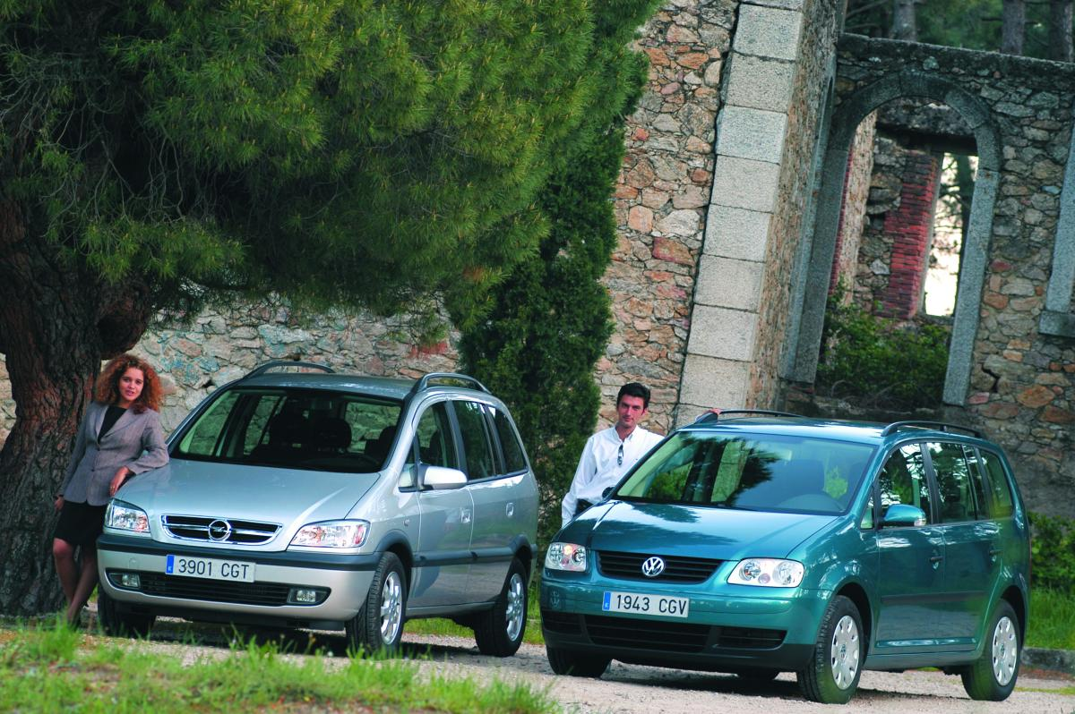 Opel Zafira 2.0 DTI Elegance vs Volkswagen Touran 1.9 TDI Conceptline