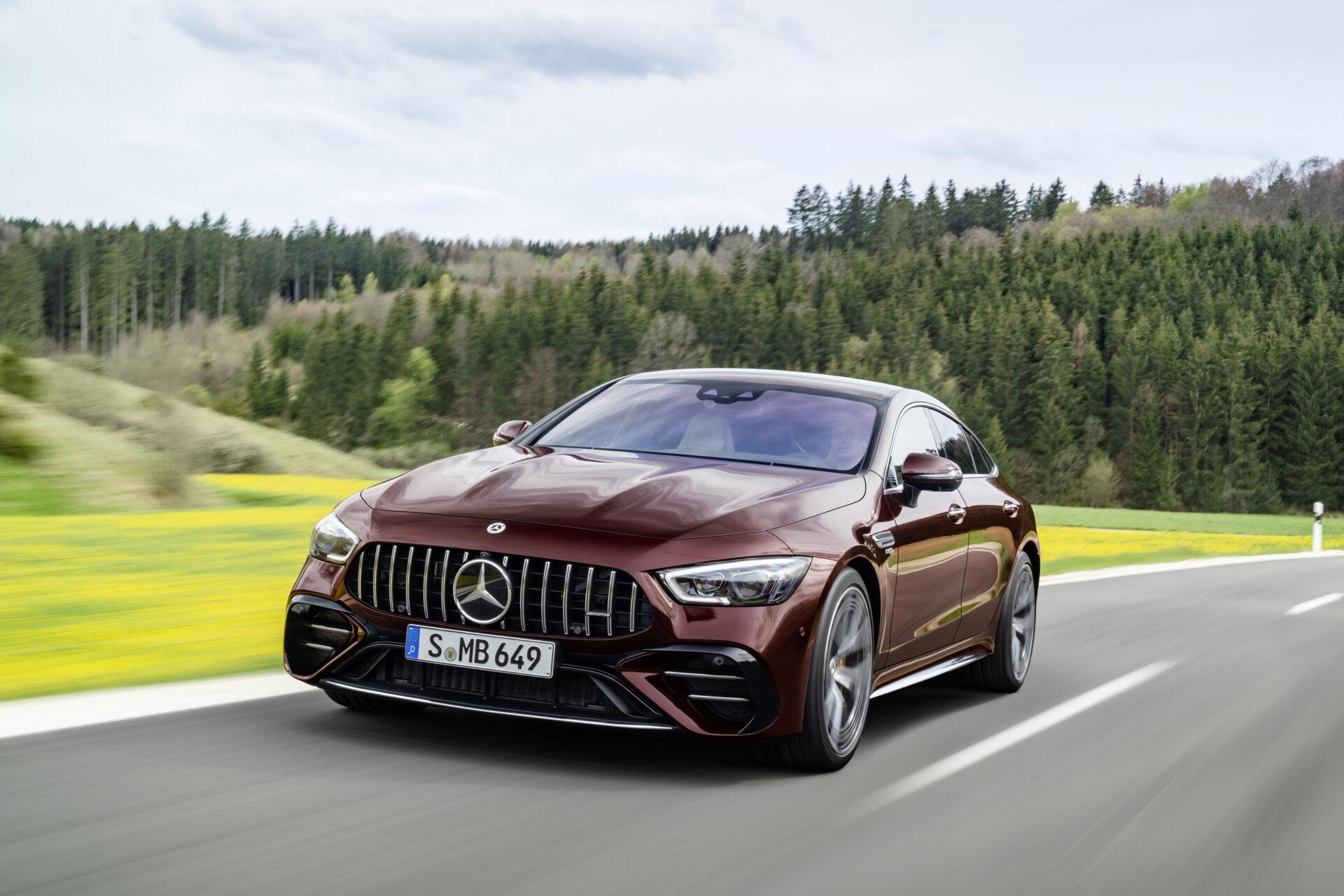 Ya está aquí el Mercedes-AMG GT 4 puertas Coupé 2021: pinceladas para ponerse al día