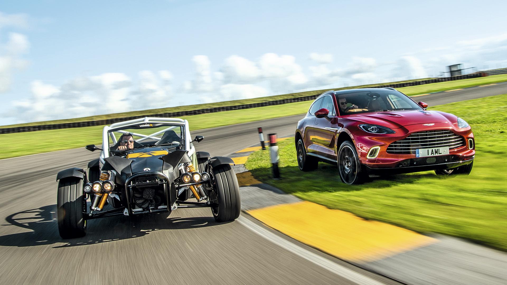 Comparativa Ariel Nomad R vs. Aston Martin DBX: una pareja extravagante