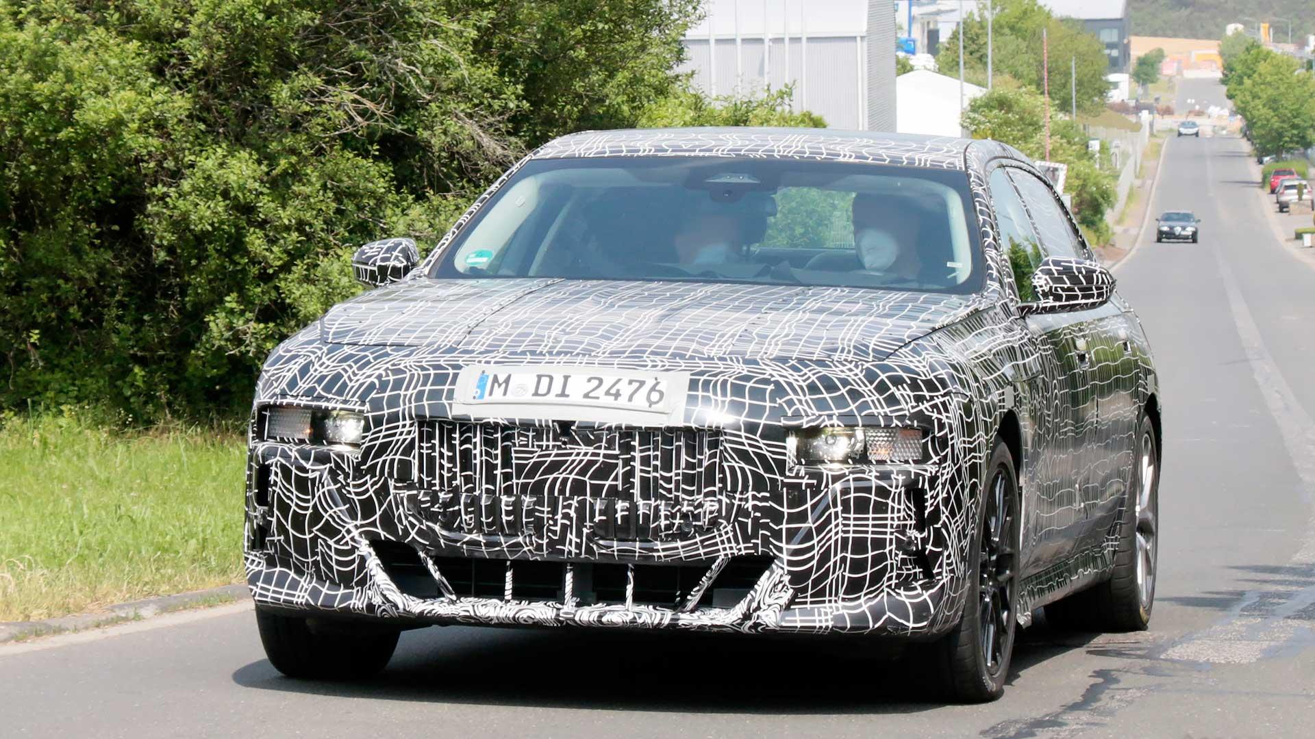 BMW Serie 7 2022: primeras fotos espía del interior