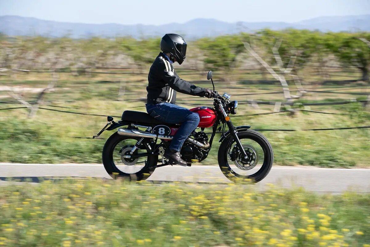 Las 15 motos 125 retro más originales