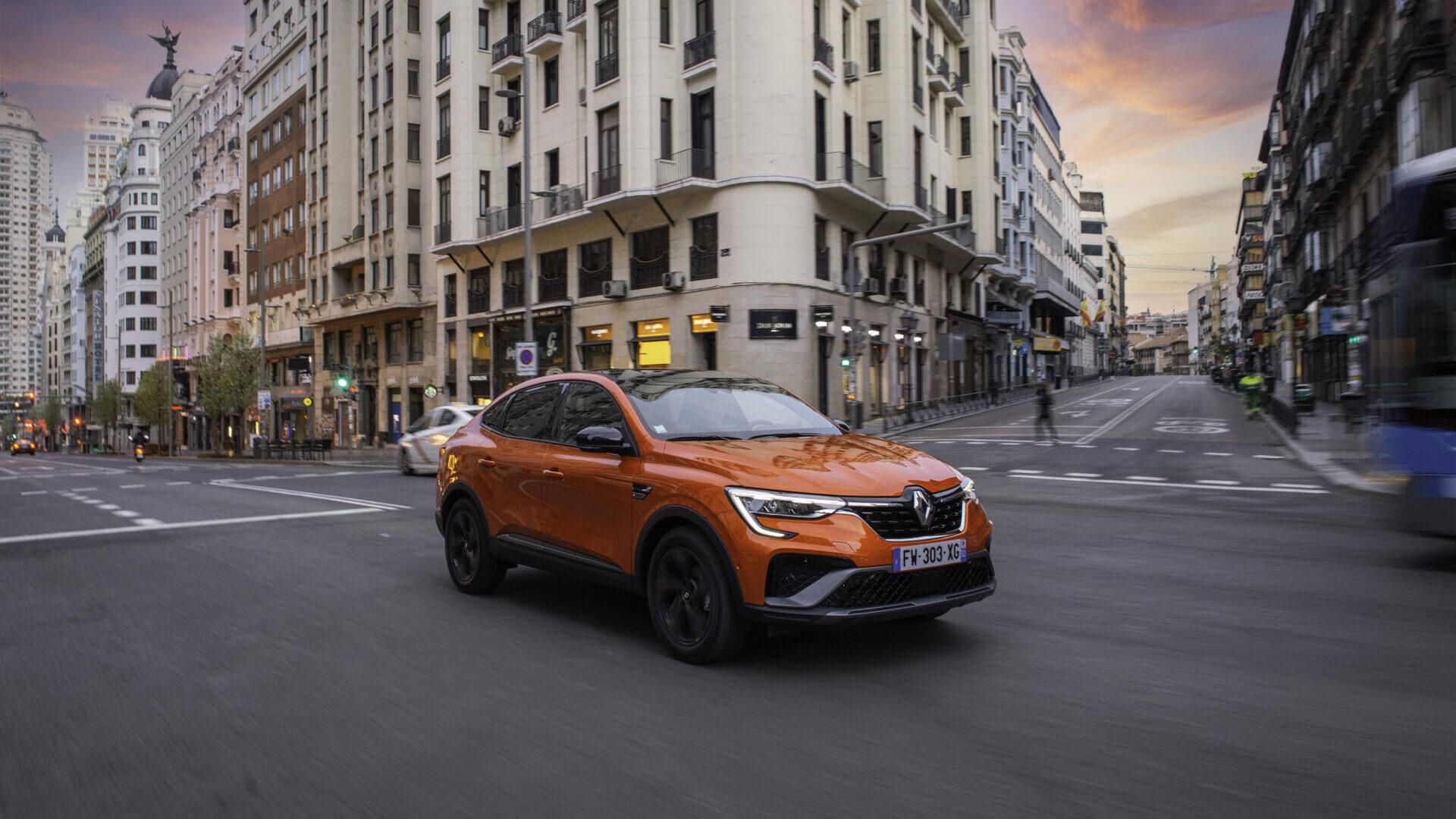 Primera prueba del Renault Arkana E-Tech 2021: un SUV atractivo y ahorrador
