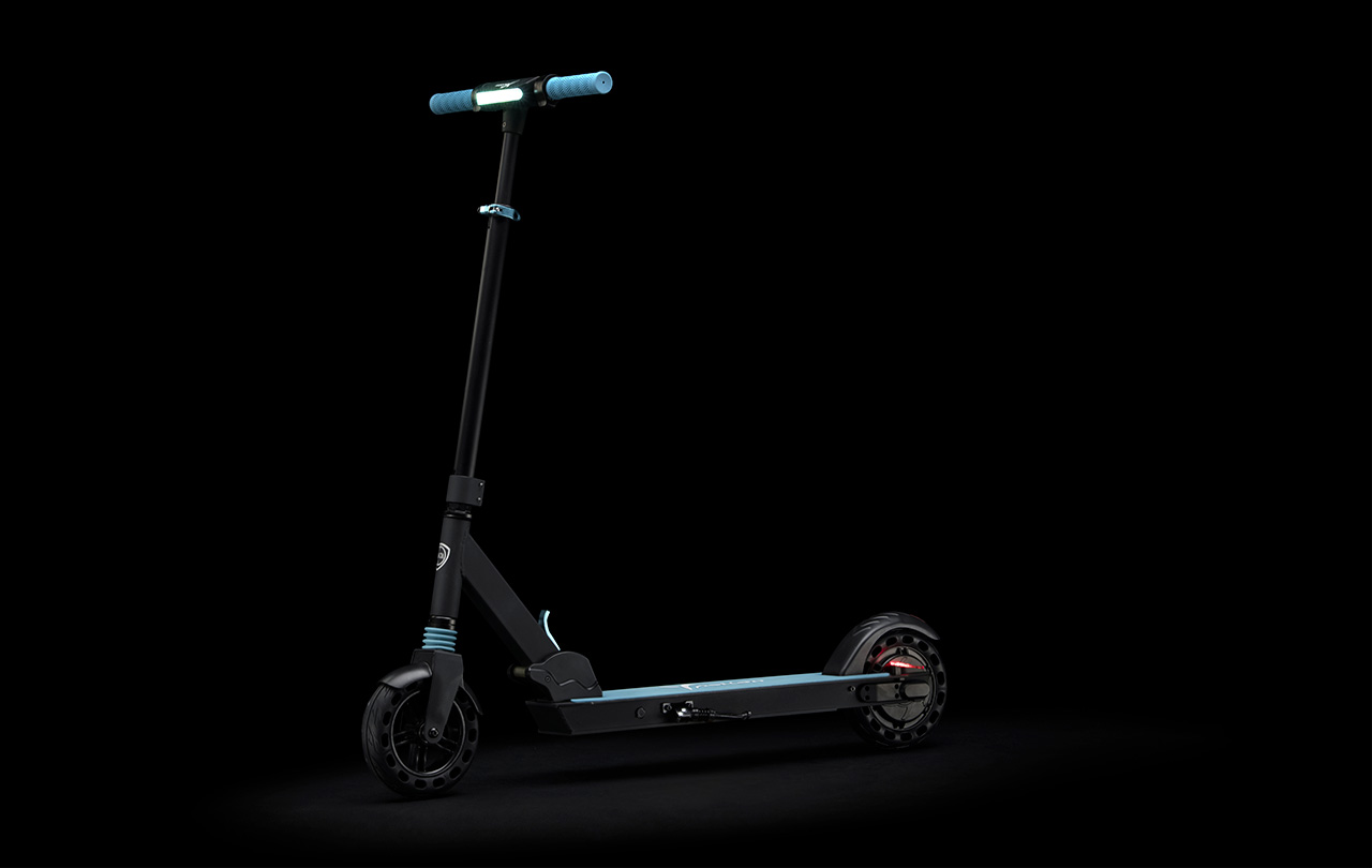 Nuevo Lancia Ypsilon e-scooter 2021: así es el primer patinete eléctrico de la firma italiana