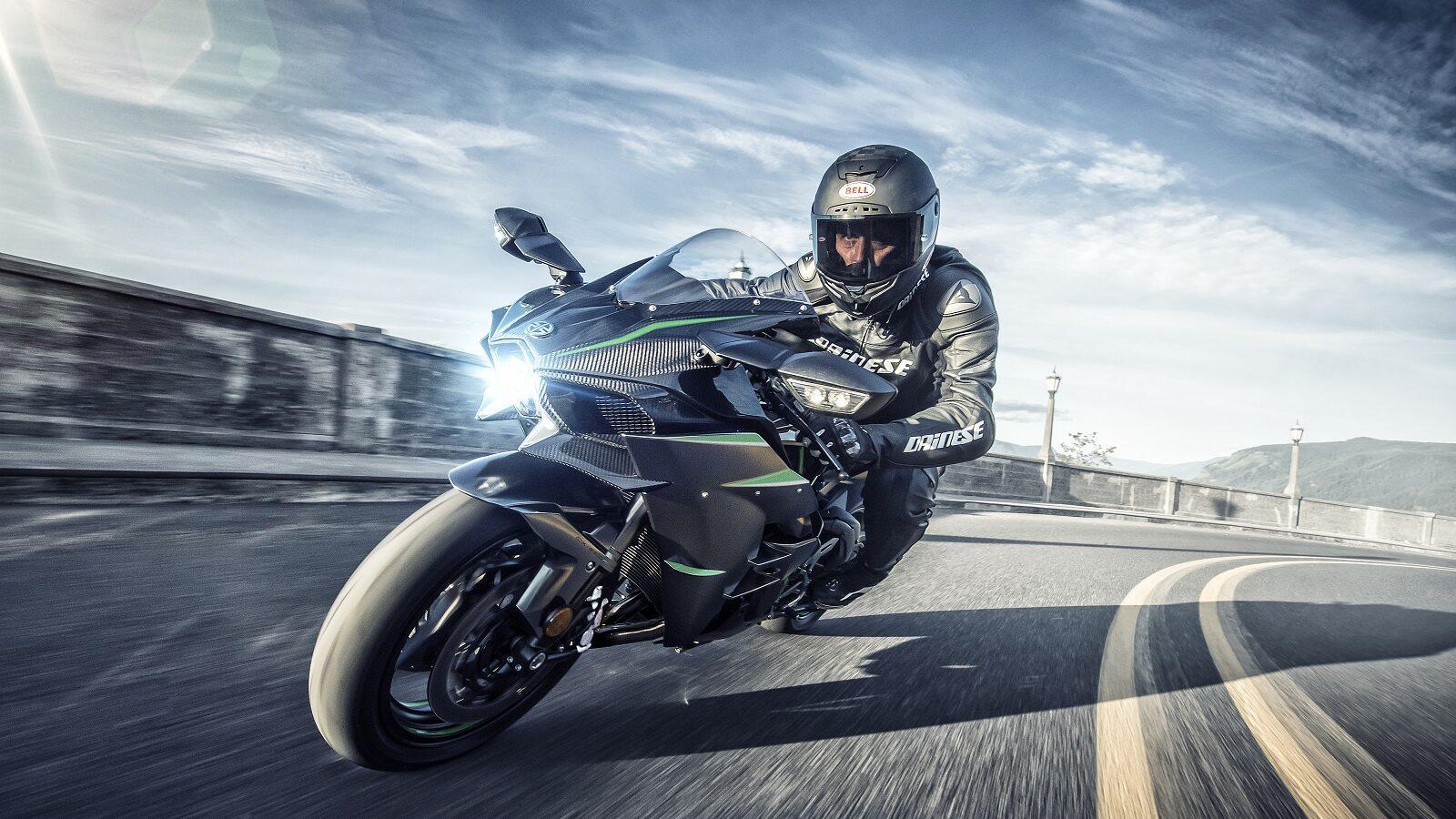 Las 16 motos más potentes del mercado en 2021