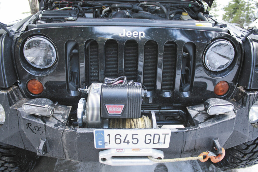 Jeep Wrangler JK Barquilla frontal