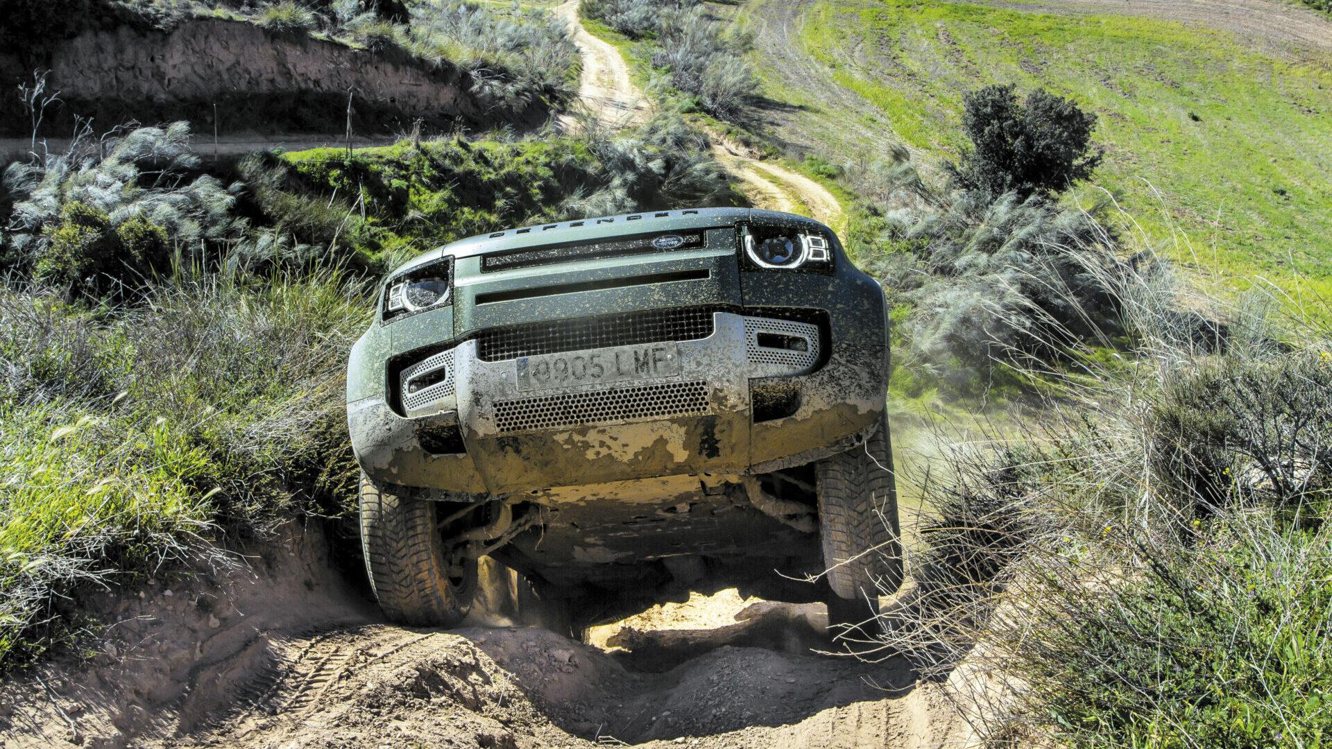 Land Rover Defender 90 P400 2021, ¿cuáles son sus recursos 4×4?
