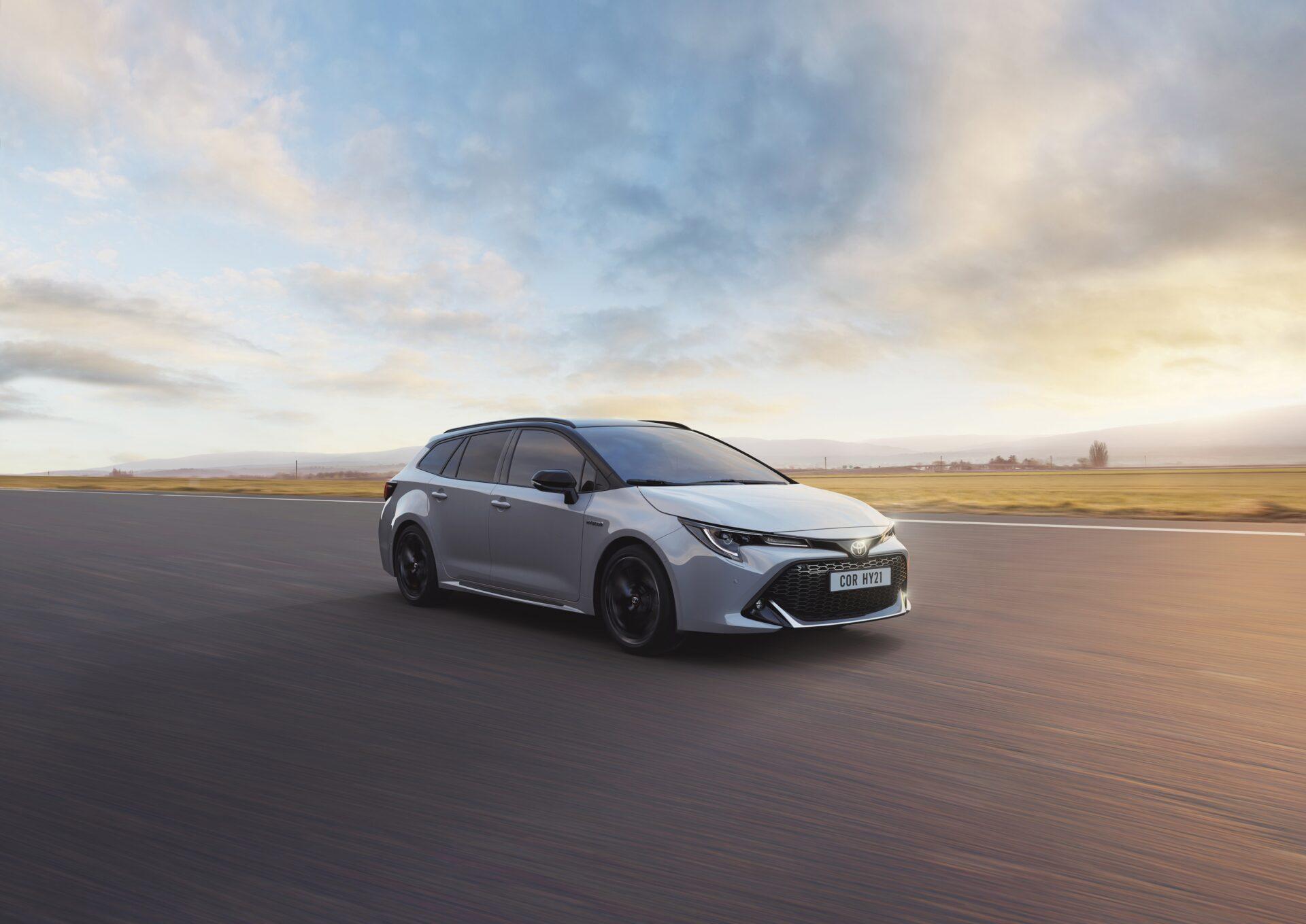 El Toyota Corolla 2021 renueva su gama e incluye la nueva variante Touring Sports GR Sport