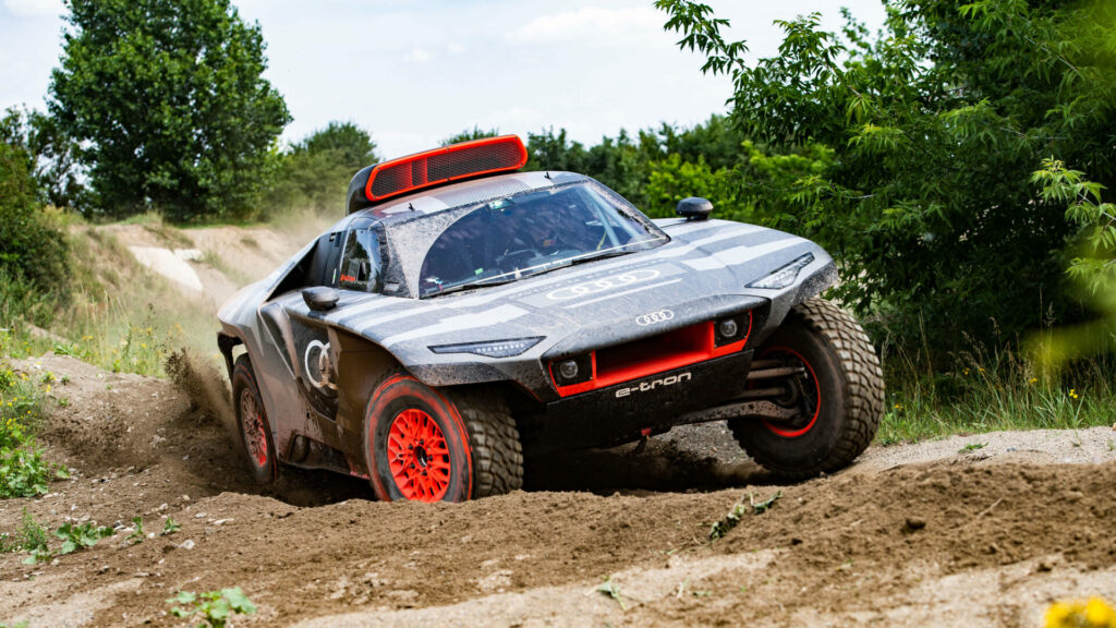 Audi RS Q e-tron acción