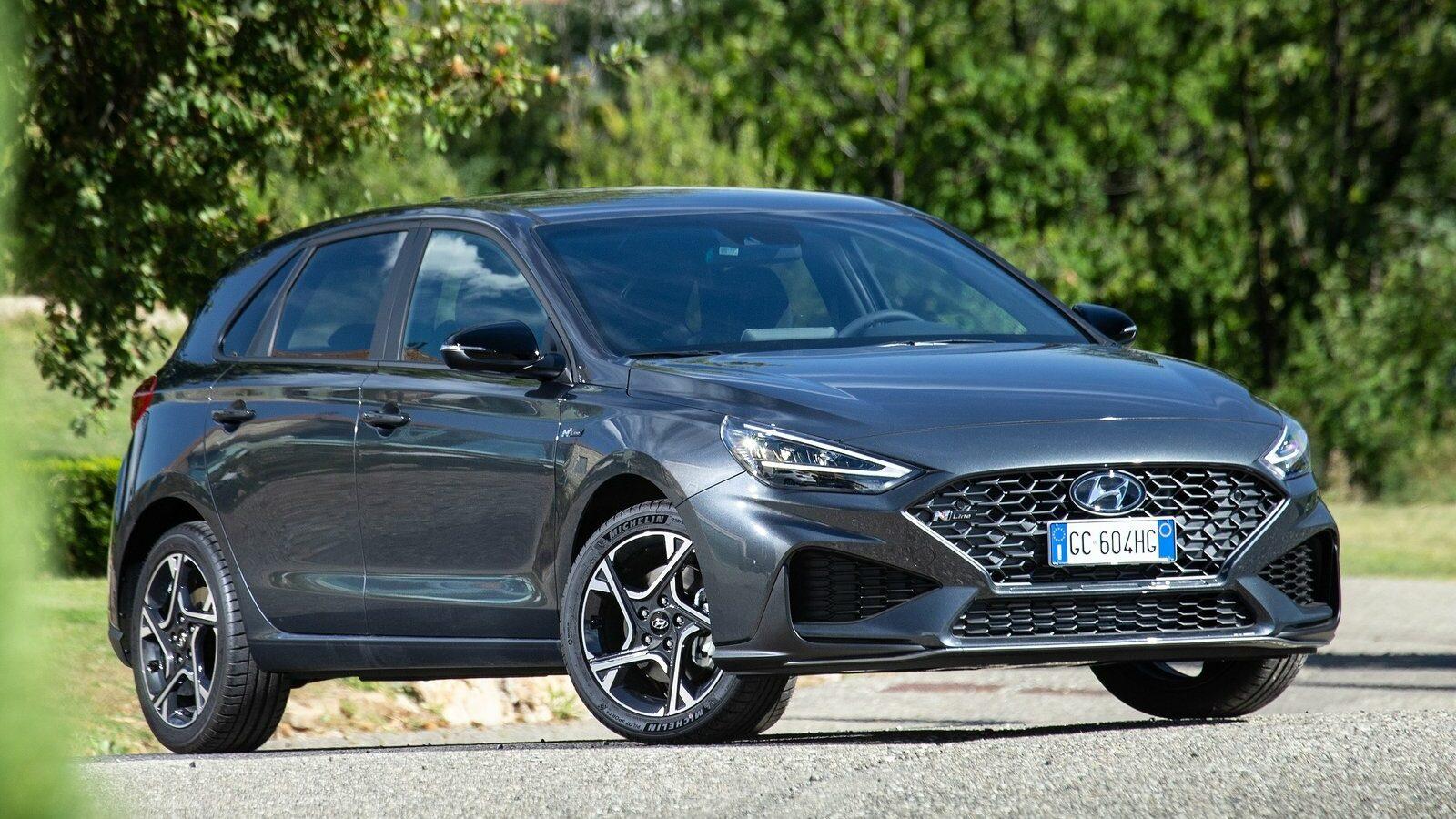 Hyundai i30 2021, con 110 CV y bien equipado, ¡por 13.500 euros!