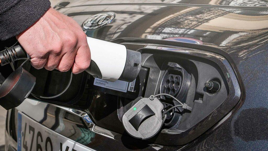 kia-habitos-coches-electricos
