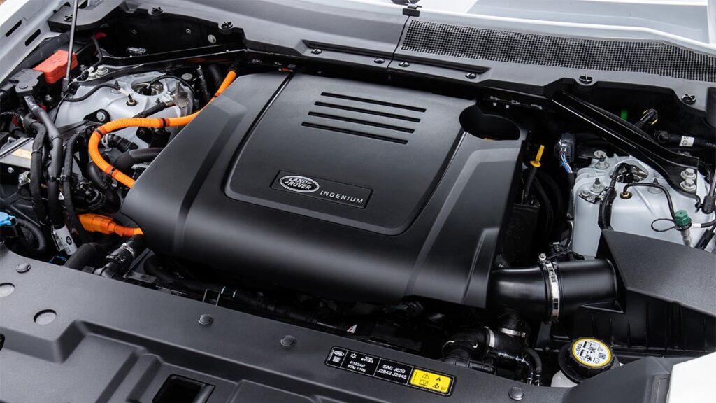Land Rover Defender P400e