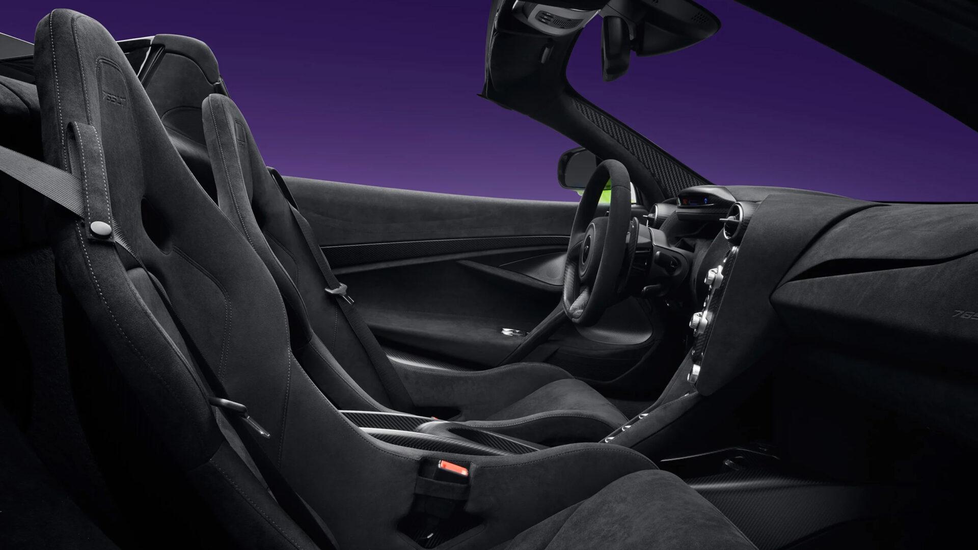 McLaren 765 LT Spider interior