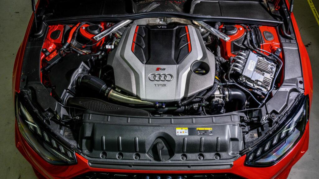Motor Audi RS 4