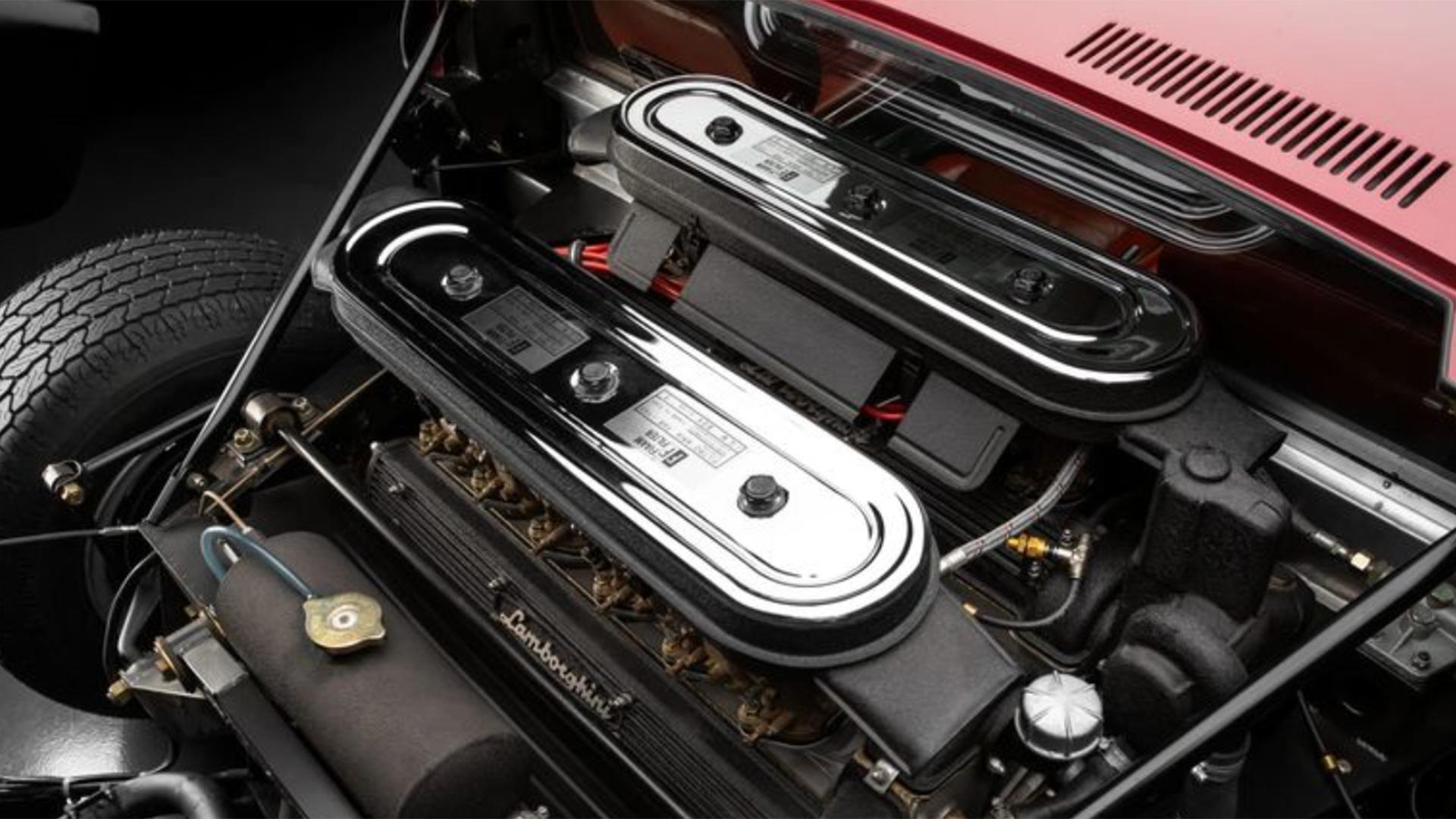 Lamborghini Miura SVJ motor