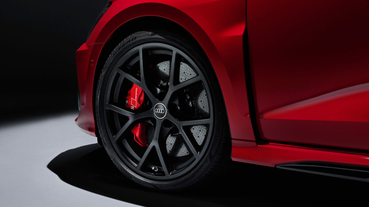 Audi RS 3 2022 frenos