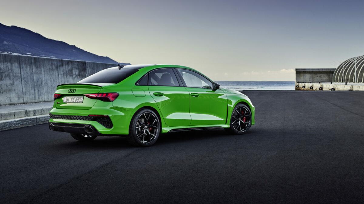 Audi RS 3 Sedan 2022 trasera