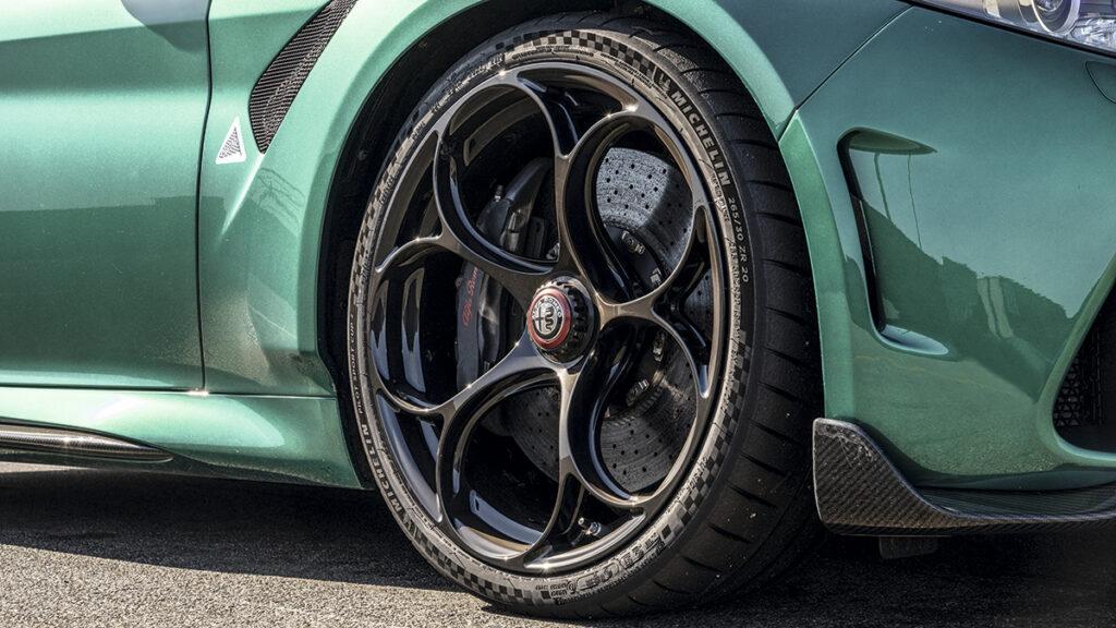 Alfa Giulia GTAm llantas