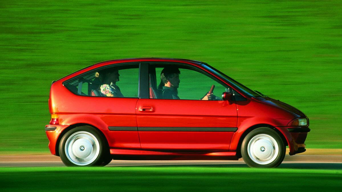 Este simpático concept car, presentado en el salón de Frankfurt de 1991, puede considerarse la antesala del actual BMW i3.