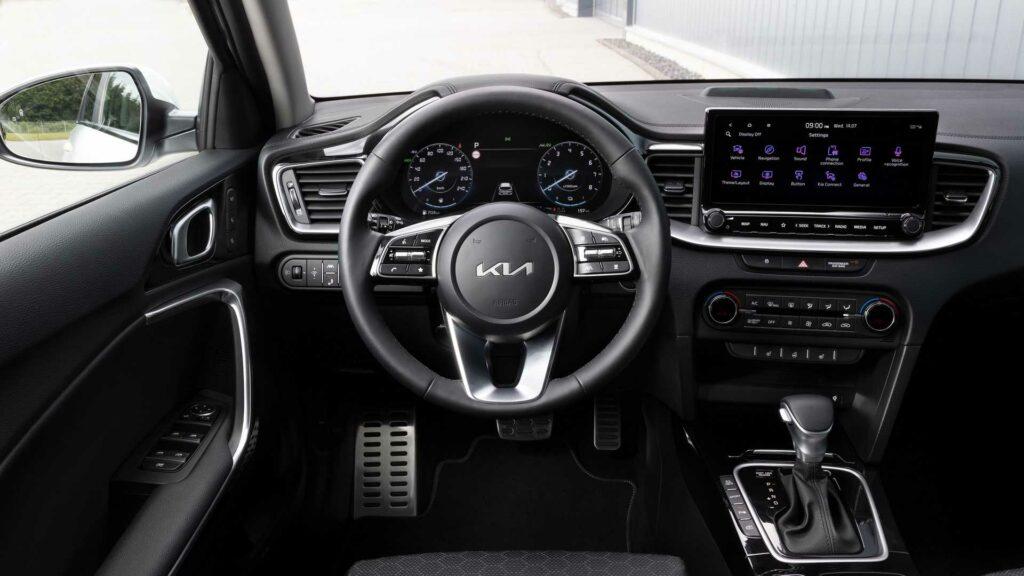 Kia Ceed restyling interior
