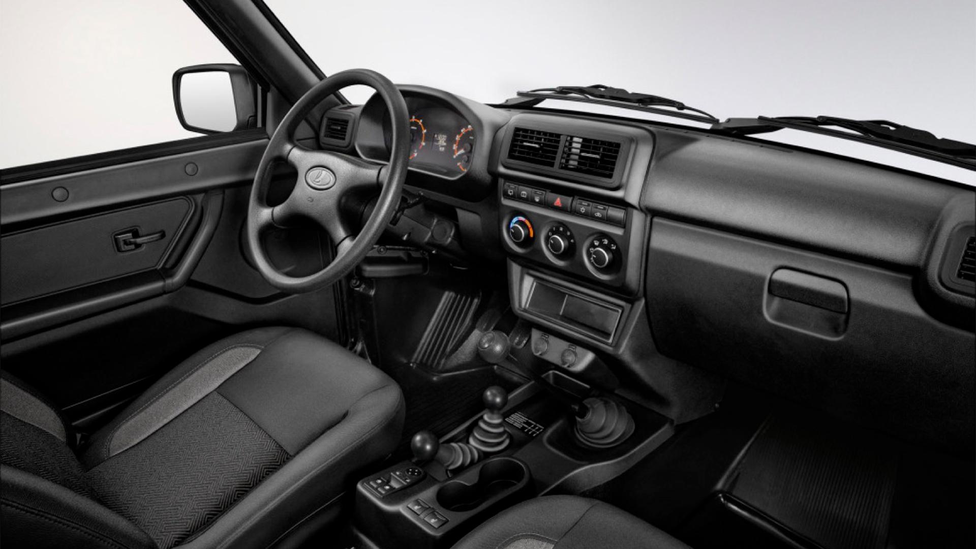 Lada Niva Bronto 2021 interior