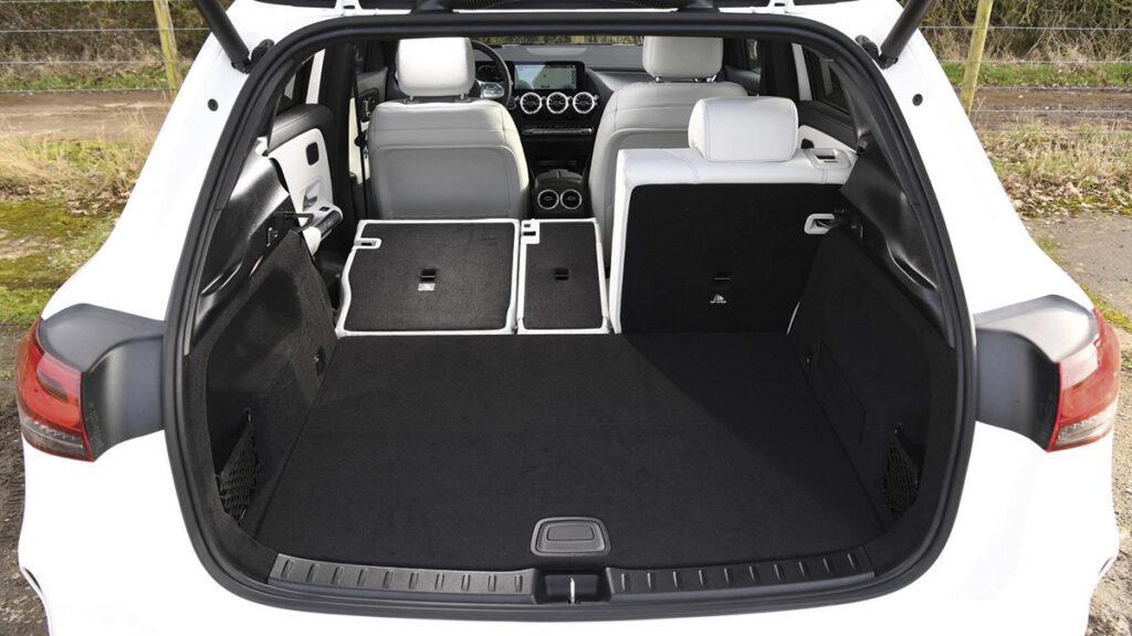 Mercedes-Benz EQA maletero