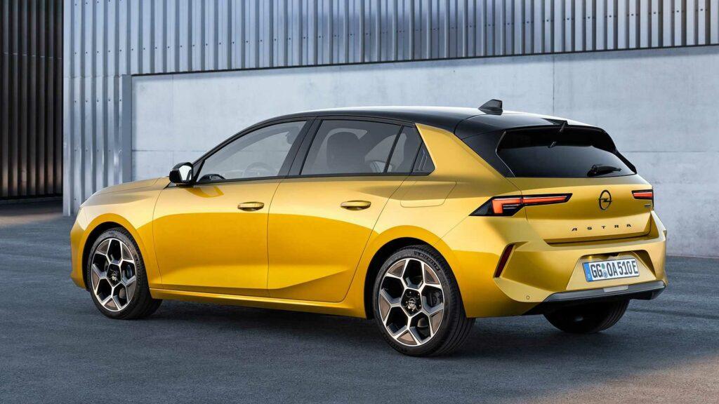 Opel Astra trasera
