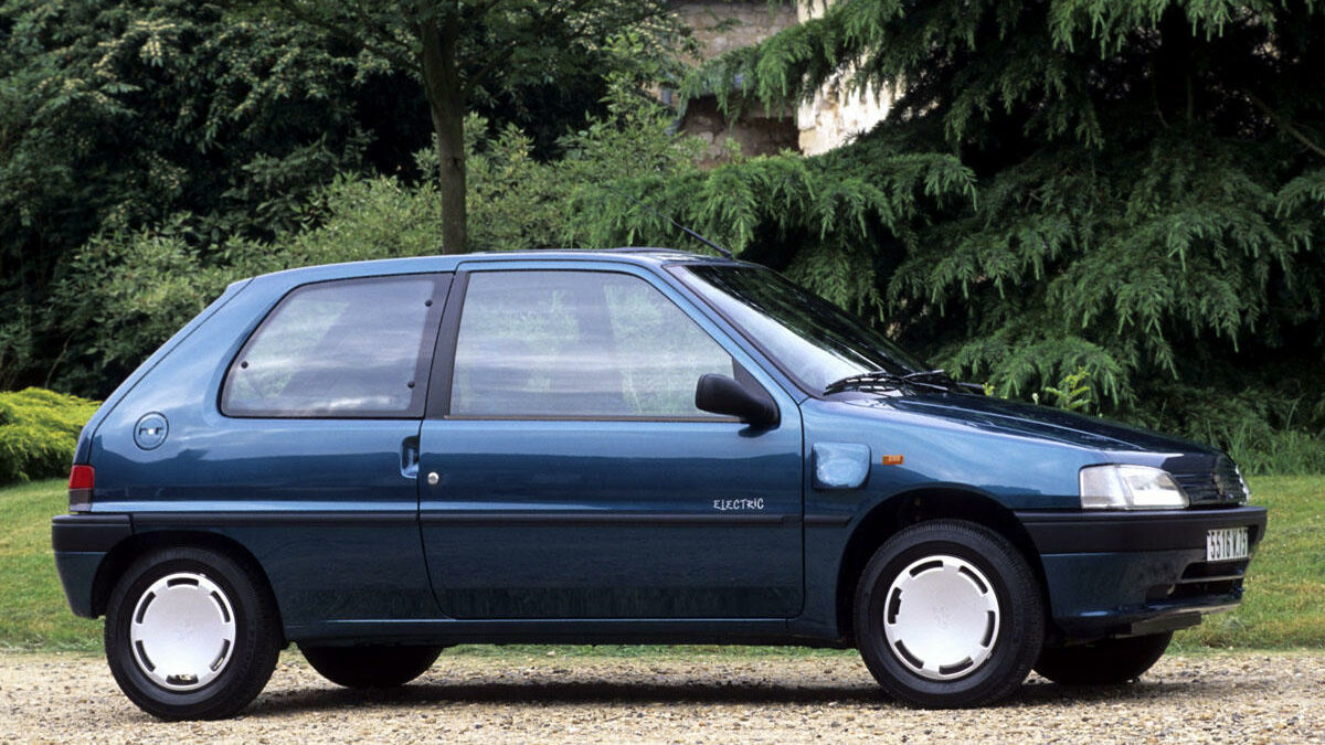 Tal vez no lo supieras, pero el Peugeot 106 también contó con una versión eléctrica denominada électrique, que únicamente se comercializó en Francia... y que es posible localizar en el mercado de ocasión.