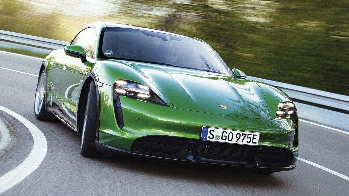 Prueba Porsche Taycan Turbo S Cross Turismo 2021: un 4×4 eléctrico surrealista