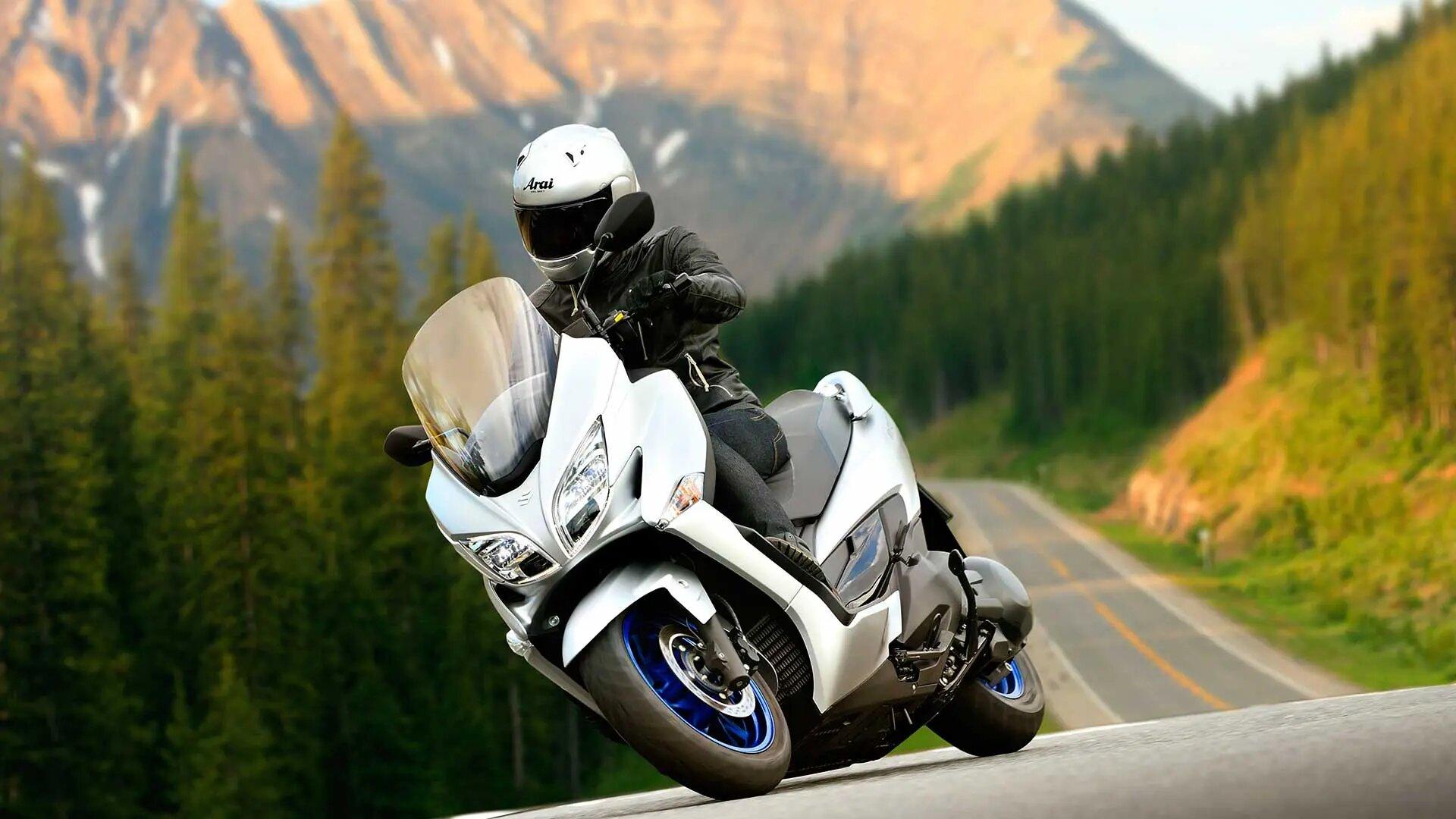 Nuevo Suzuki Burgman 400: nueva imagen y homologación Euro 5