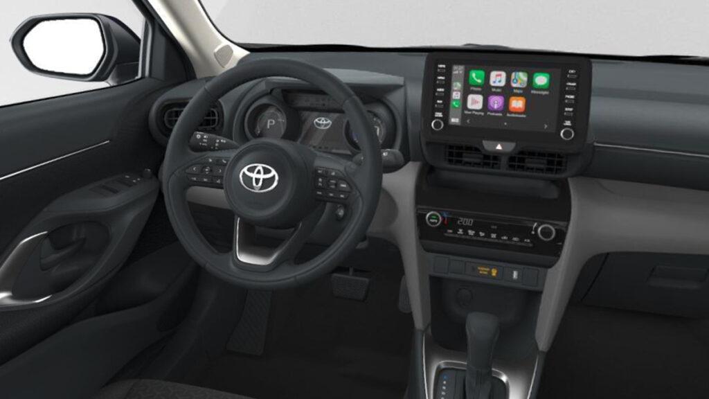 Toyota Yaris Cross Business