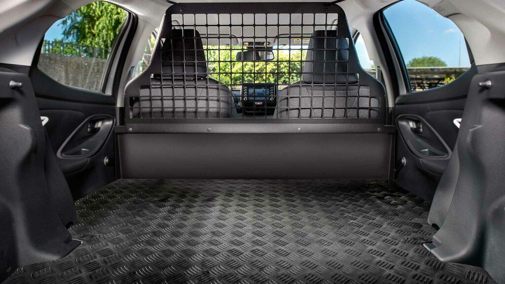 Toyota-Yaris- Electric-Hybrid-ECOVan