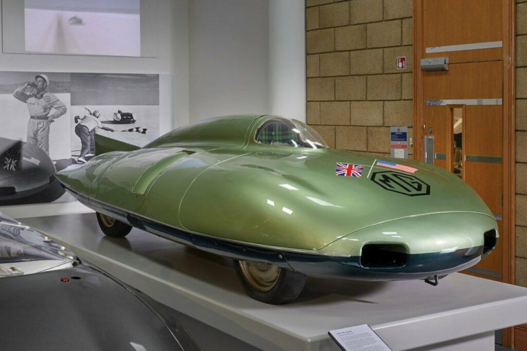 Récord de velocidad MG EX 181, Stirling Moss