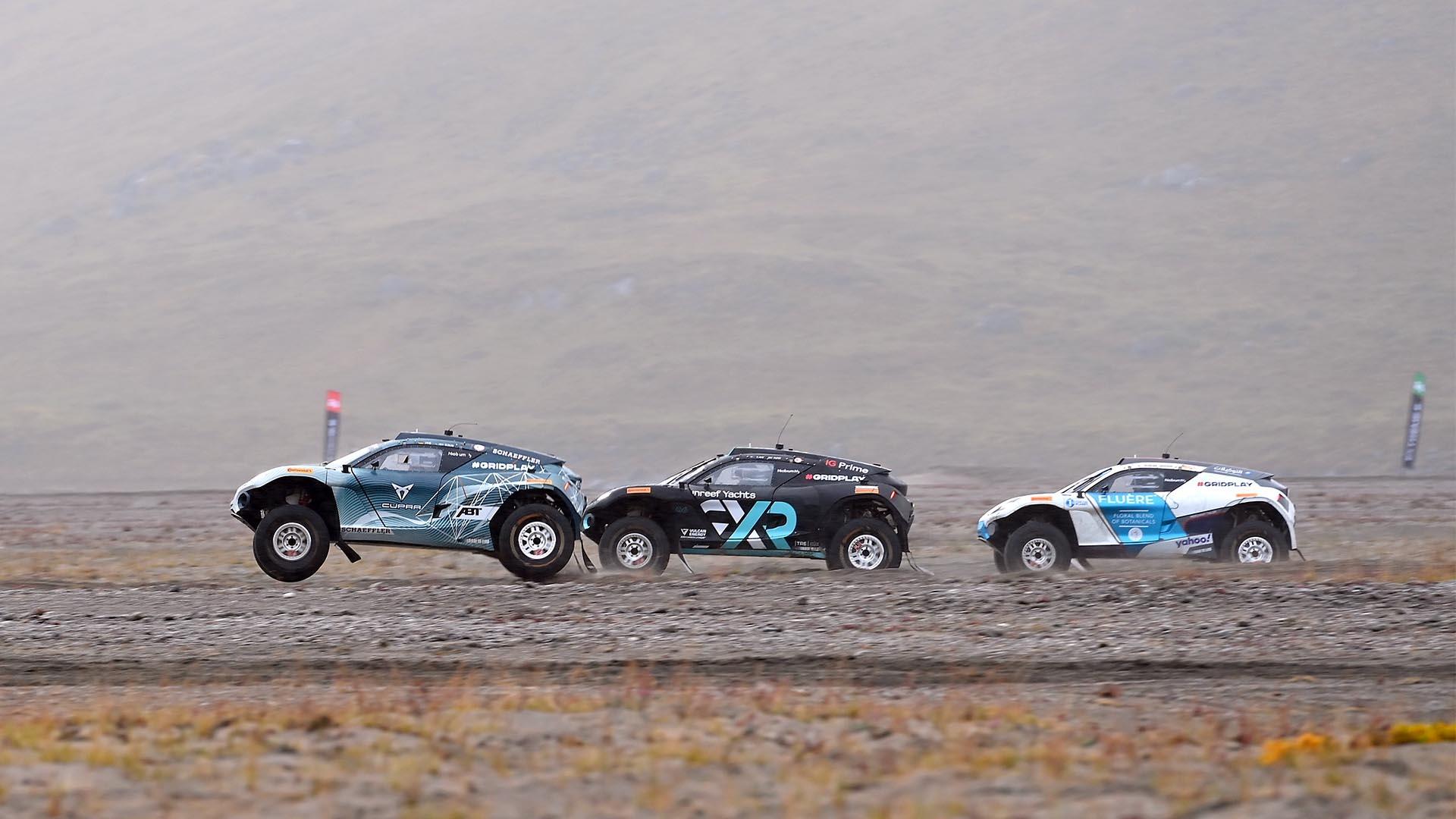 Carlos Sainz y Laia Sanz suben al podio en el exigente Arctic X Prix del Extreme E