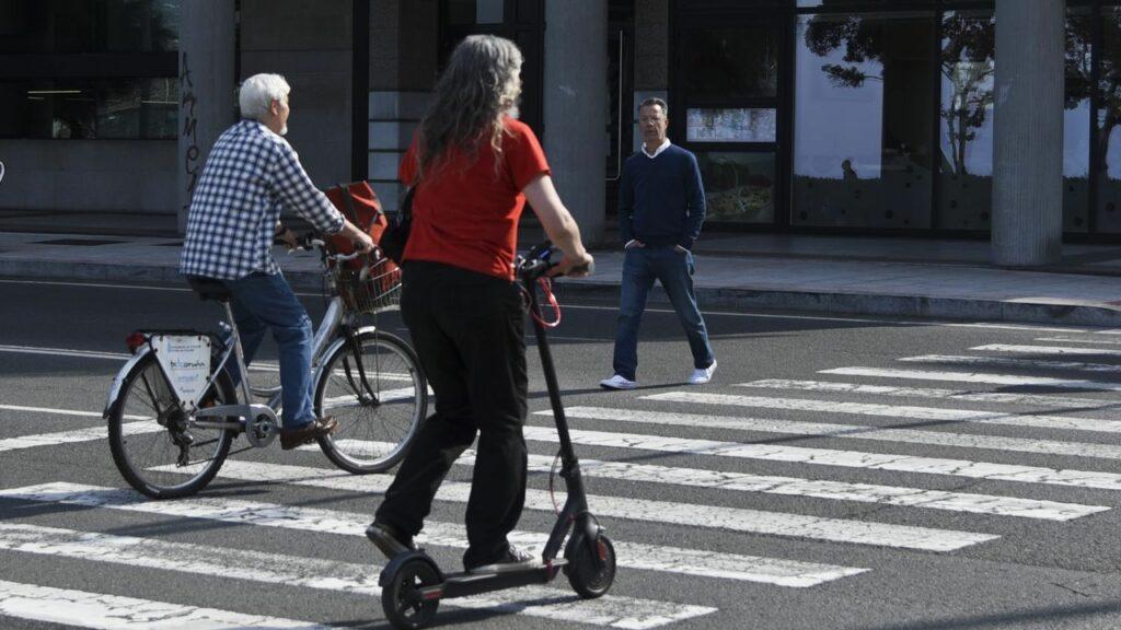 Cambios en la normativa de uso de bicicletas y patinetes eléctricos en Madrid tras la aprobación de la nueva Ordenanza de Movilidad Sostenible