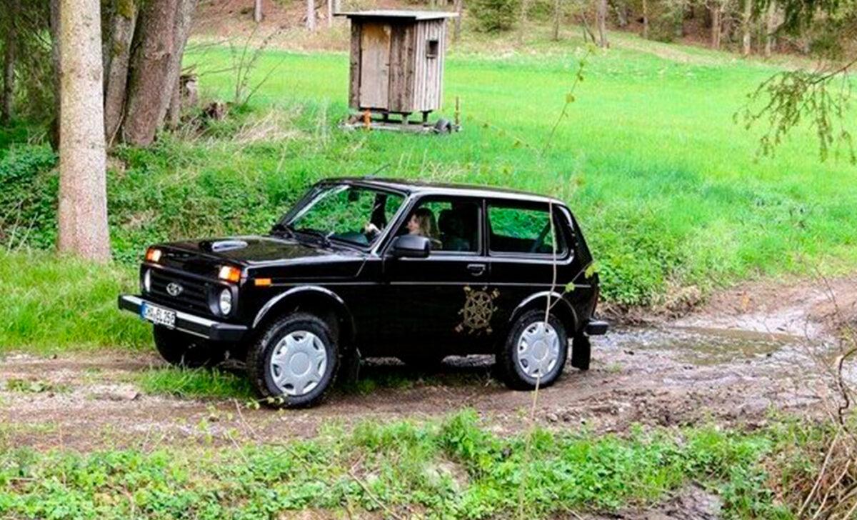 Por solo 2.800 euros, el Lada Niva puede convertirse en un todoterreno eléctrico