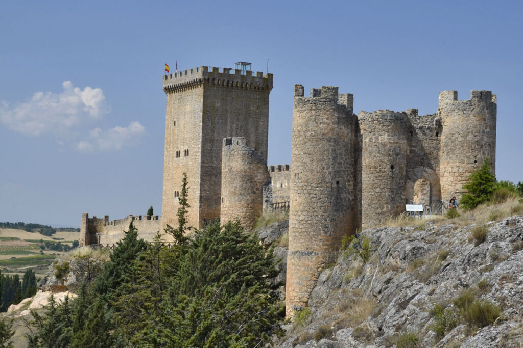 Territorio VW T-Roc, pueblos, castillos y una ruta en cabrio, Peñaranda de Duero, Castillo