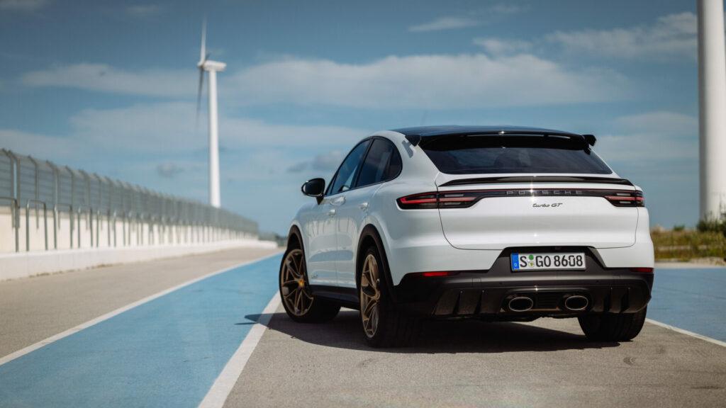Porsche_Cayenne_Turbo_GT_10