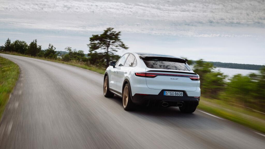 Porsche_Cayenne_Turbo_GT_2